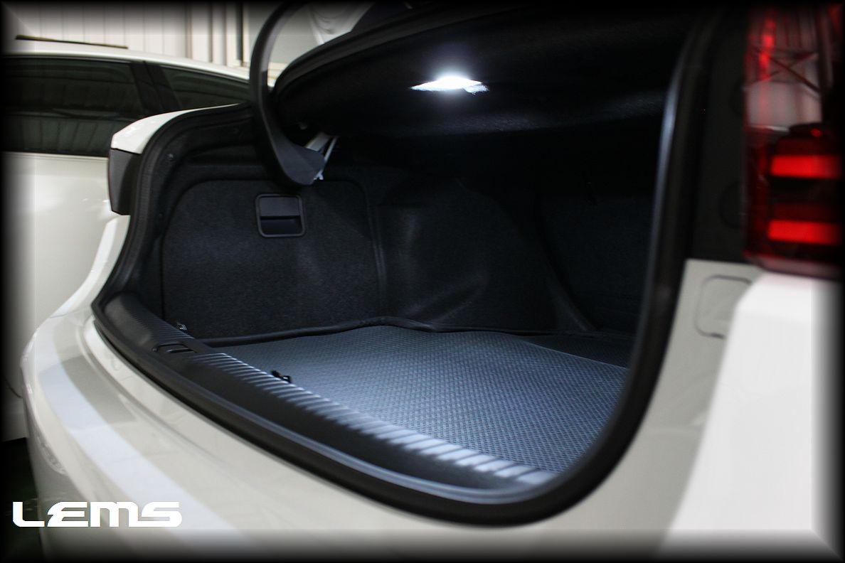 画像1: IS(GSE3#/AVE3#/ASE30)用 トランク照明ユニットASSY交換モデル LEMS 9SMD仕様[L378]